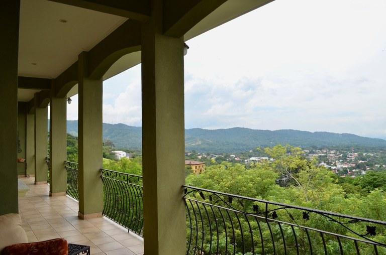 Mountain Condominium For Rent in Ciudad Colón