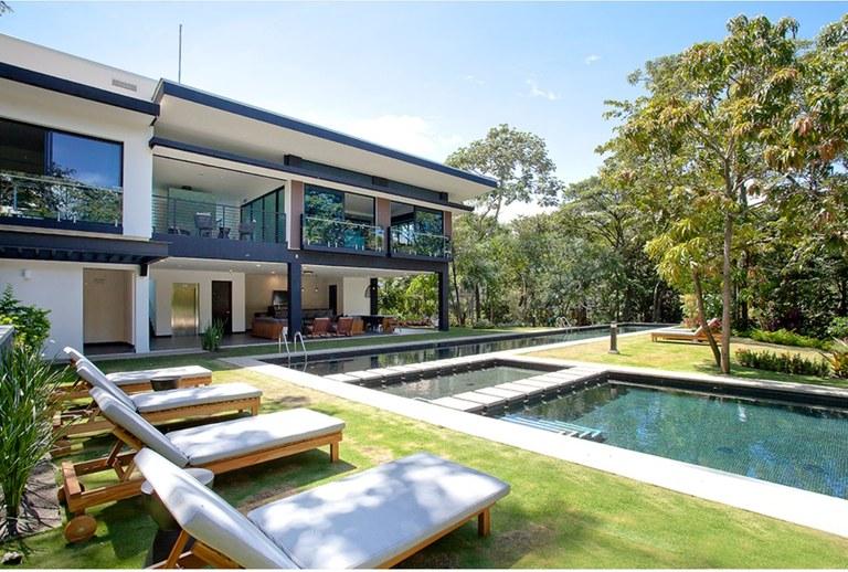 Luxury Apartament for Rent 2 Bedrooms with Appliances Guachipelin Escazu Costa Rica