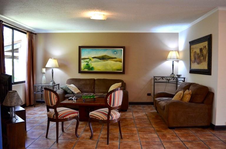 Condominium For Rent in Bosques de Doña Rosa