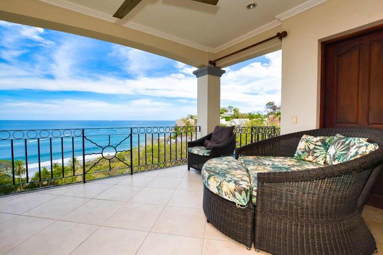Oceanica 817: Luxurious High Floor Ocean View Condo for Rent in Playa Flamingo