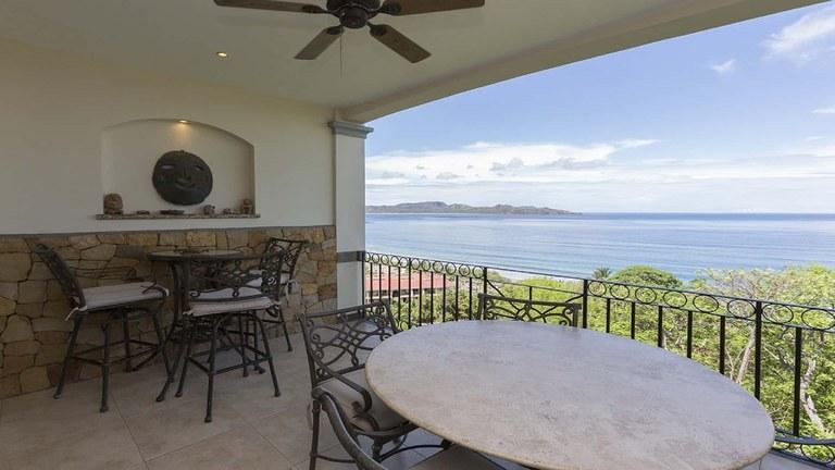 Oceanica #807: Luxurious Condominium with Amazing Ocean View for Rent in Flamingo