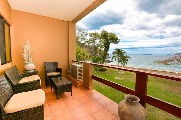 Marina Cove 612: Elegant 3 Bedroom Oceanfront Condo with Terrace