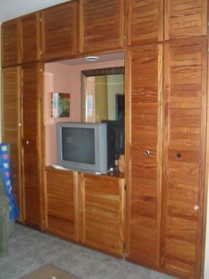 bedroom twin closet