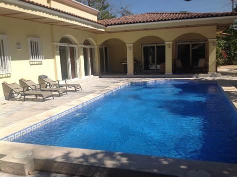 Palm Beach Estate Home: 4 Bedroom and 4 Bathroom Home in Palm Beach Estates