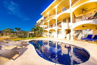 Twin Dolphins 2N: Nice and Relaxing Beachfront Condo for Sale