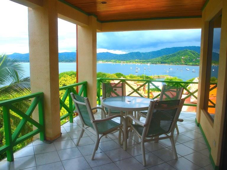 Flamingo Marina Resort 501: Beautiful Oceanfront Condominium for Sale in Flamingo