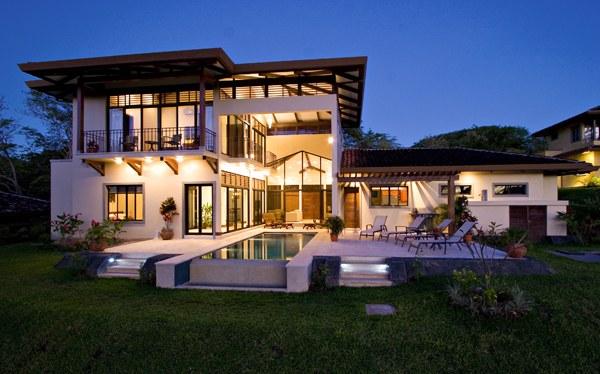 Villa Augustine: Reserva Conchal Home on the Fairway