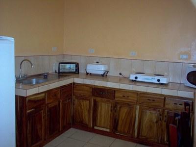 Kitchen - Sun Real Estate.JPG