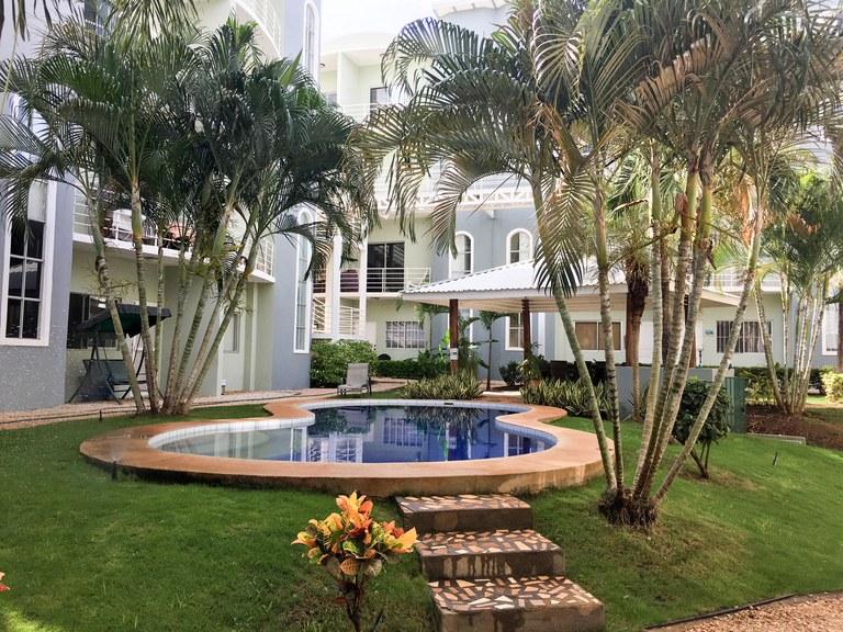 Villa Verde II, unit 12: 2 Bed / 2.5 Bath Condo Just Three Blocks Away from the Beach!!