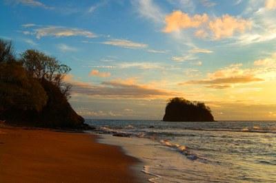 Punta Playa Vistas Developement-Pirates Beach Sunset