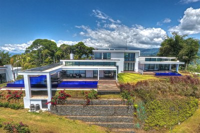 Luxury ocean view houses in the Mountains of Costa Rica for sale in Bahia Ballena