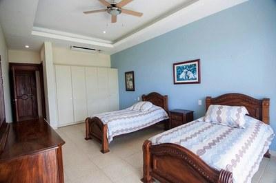 Condo 1-Bedroom #3