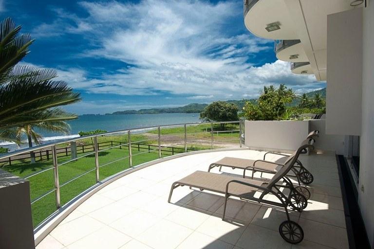 Villa Ballina: Beach Front Modern Condo-Duplex For Sale