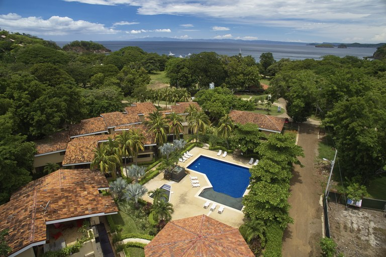 Vista Ocotal 3 Bedroom Unit: Affordable Beachside Living with World Class Amenities
