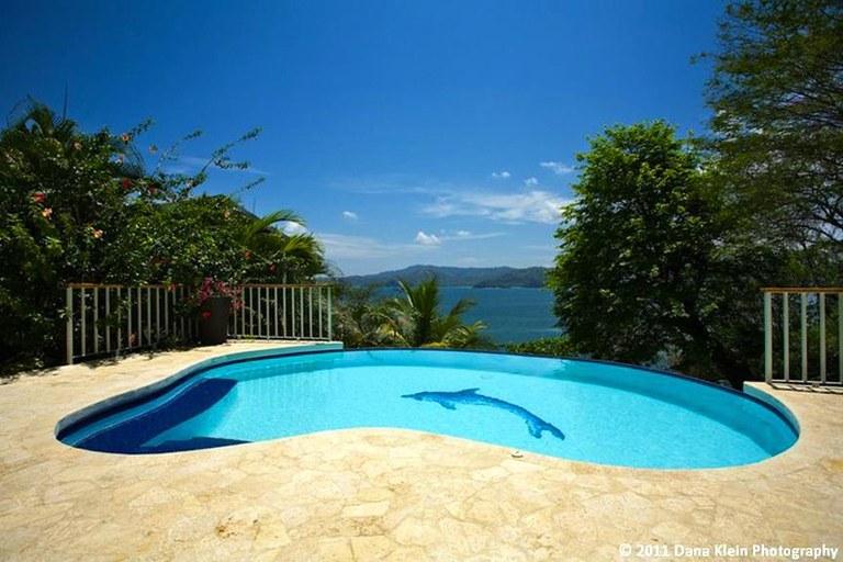 Casa Colibri: Modern Luxury 3 Bedroom Ocean View Home