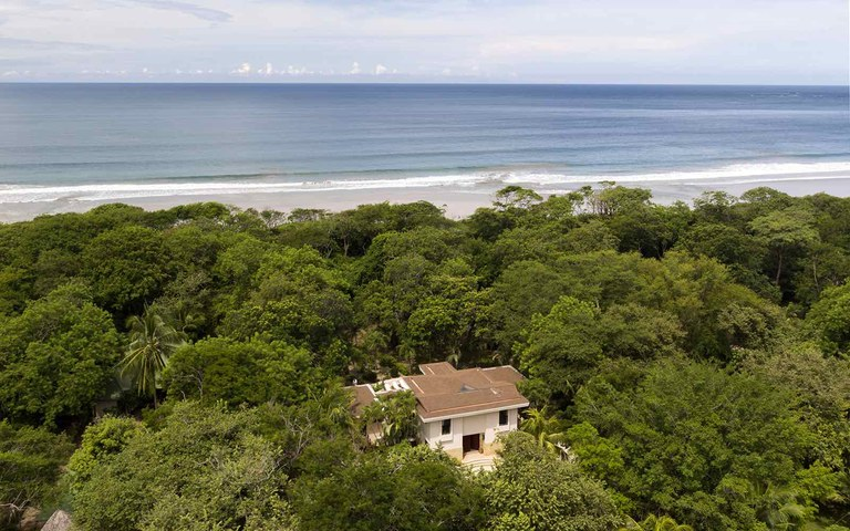 Casa Muy Grande: Oceanfront House For Sale in Playa Grande