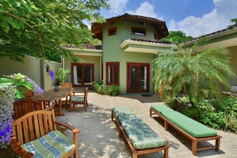 Casa Mot Mot: Spacious 3 Master Suite Home Close To The Beach
