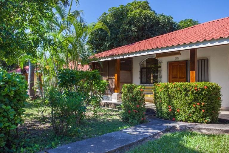 Villaggio Flor del Pacifico 3, Unit 365B: Harmonious Condominium Only 5-Minute Walk To The Beach!
