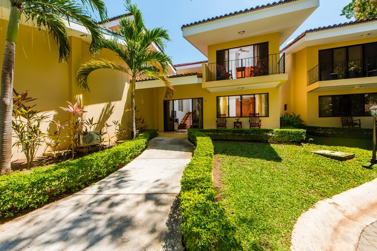 Vista Ocotal, Unit 4: Beautiful Ocean Proximity Townhome Just Steps from Playa Ocotal!