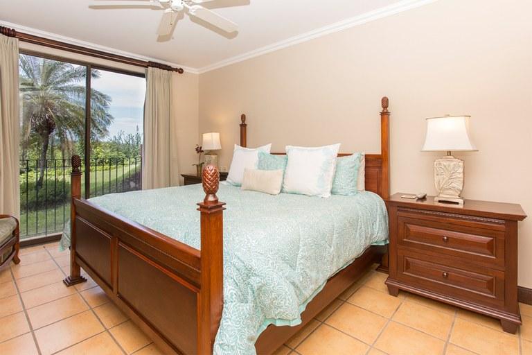 Bougainvillea 8101: Spanish-Colonial style condominium with ocean view