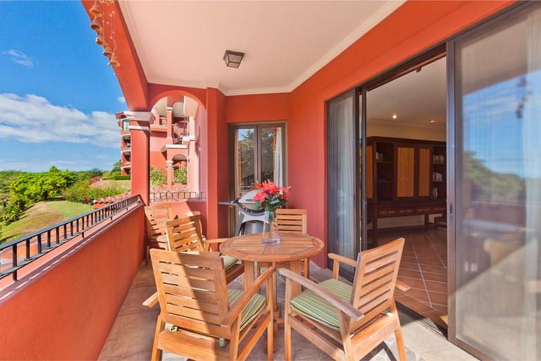 Bougainvillea 9204: Spanish-Colonial style condominium