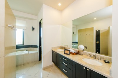Seventh Bathroom