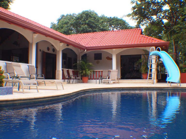 Villa Colorado: Beautiful Villa in Heart of Carrillo