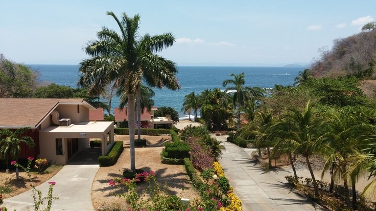 Near the Coast Condominium For Sale in Playa Ocotal