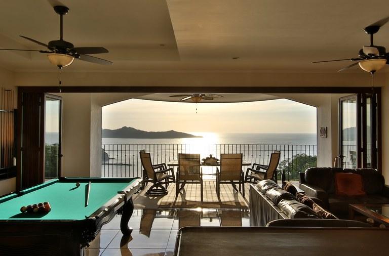 Flamingo Towers Unit 32: Stunning Ocean Views on the Prestigious South Ridge of Playa Flamingo!
