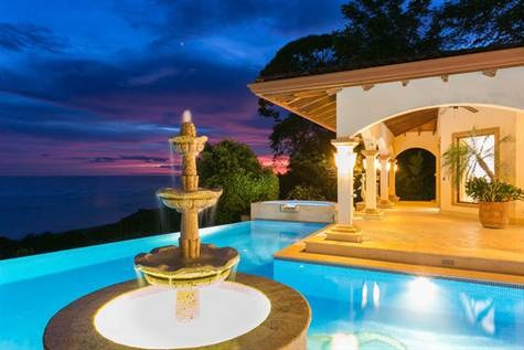 """HEAVEN ON EARTH"" Best Views in OSA, Front Ridge Ocean Estate with Guest Suites - BEST QUALITY CONSTRUCTION"