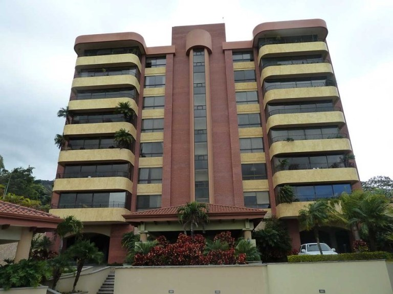 Apartment For Sale in Escazú