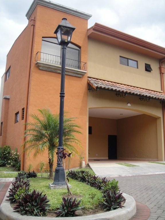 Sale condominium 4 bedrooms Santa Ana