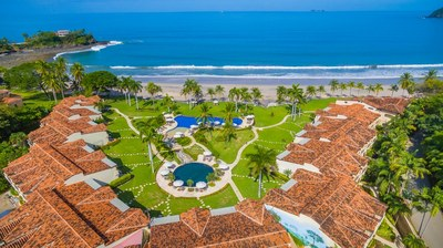 The Palms 26: Captivating  Beach Front Condo!