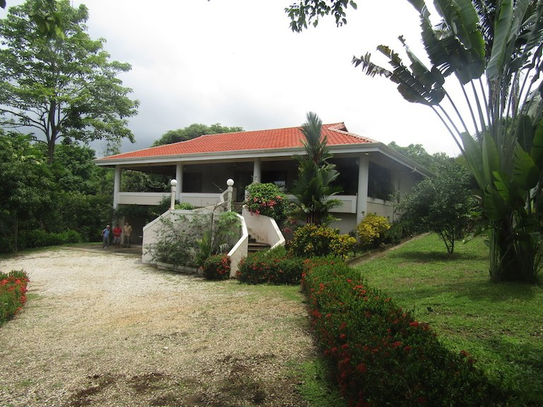 Oceanfront House For Sale in Cóbano