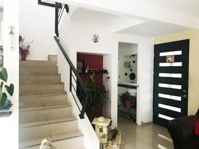 016-escaleras-375-nuevos_horizontespropiedades-san_rafael-heredia-sevende-casa.jpg