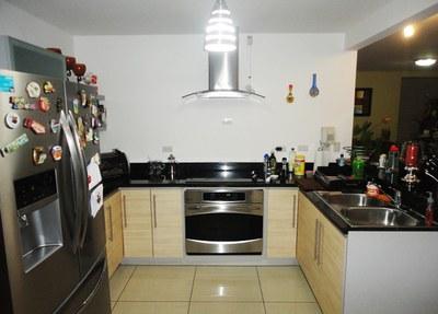 005-cocina-375-nuevos_horizontespropiedades-san_rafael-heredia-sevende-casa.jpg