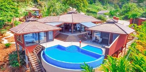 Mountain House For Sale in Escaleras