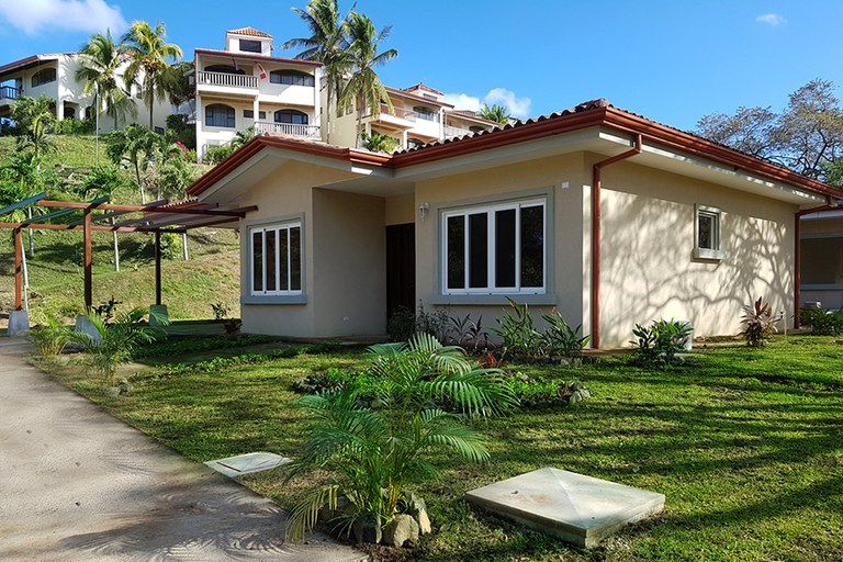 Colinas del Golf: Beautiful 3BR Homes in a Gated Golf Community Minutes From the Beaches REDUCED!