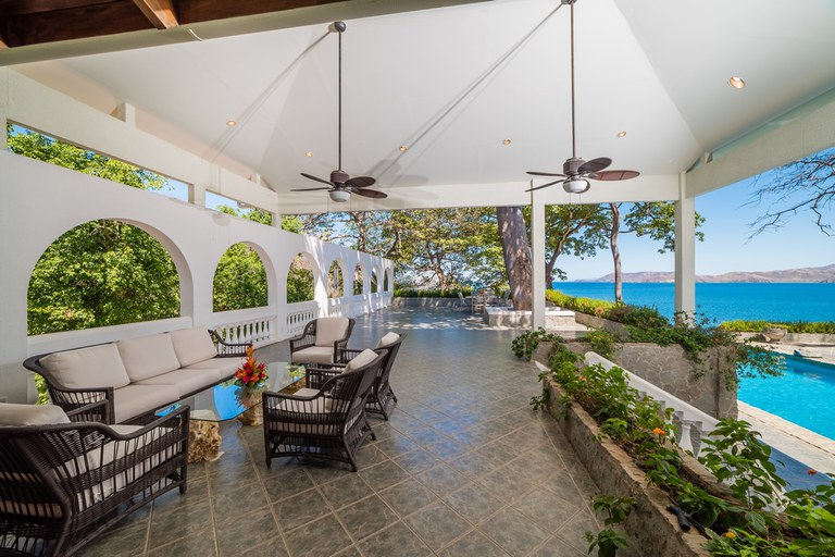 Villa Christopher: Stunning Oceanfront Estate Home On Flamingo North Ridge 6BR+-7.2BA