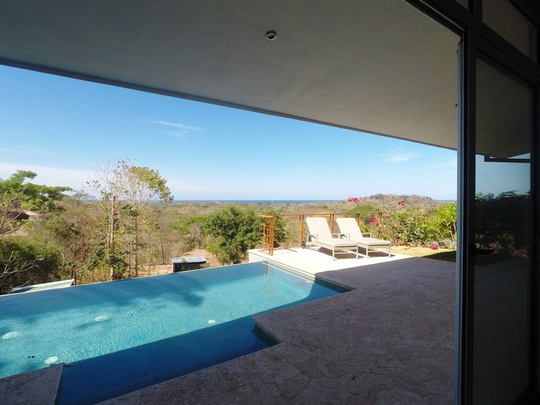 Casa Dolce Vita: Ocean View 3 bdrm, 4 bath, New Construction, Gated community