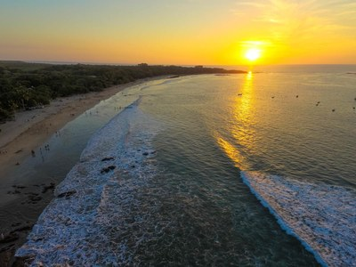 22 - Breathtaking Sunset on Tamarindo Beach - Ocean-vicinity Luxury Condo For Sale.jpg
