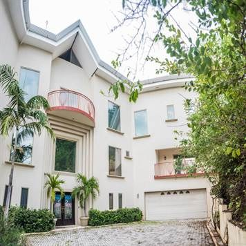 Casa Alegria: Pure Luxury Mansion With Amazing Oceanviews