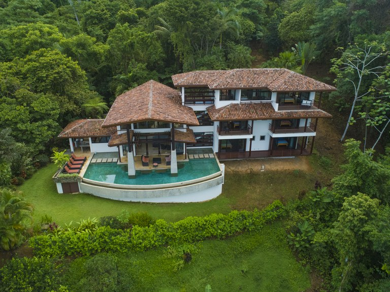 Gorgeous Ocean View Estate in Escaleras - A Great Investment Opportunity