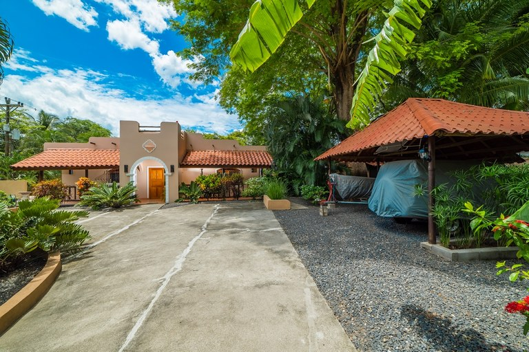 Casa High Tide:  One-of-a-kind 2 Bed, 2 Bath Home in Playa Potrero!