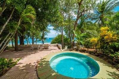 00_KRAIN_Los Almendros 4_ Pool_ Playa Ocotal.jpg