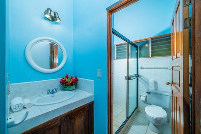 00_KRAIN_Los Almendros 4_ Bathroom_ Playa Ocotal.jpg