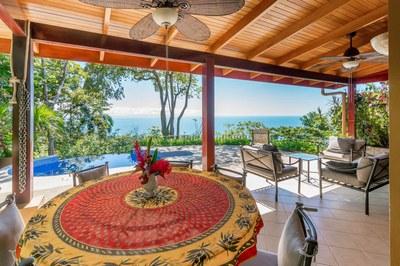 Casa Flores, Escaleras, Dominical (11)-700.jpg