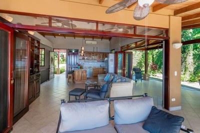 Casa Flores, Escaleras, Dominical (15)-700.jpg
