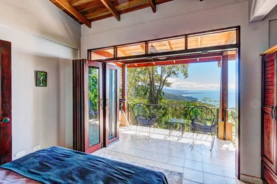 Casa Flores, Escaleras, Dominical (19)-700.jpg