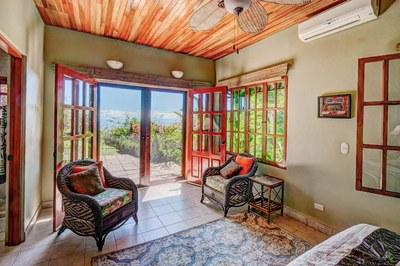 Casa Flores, Escaleras, Dominical (29)-700.jpg